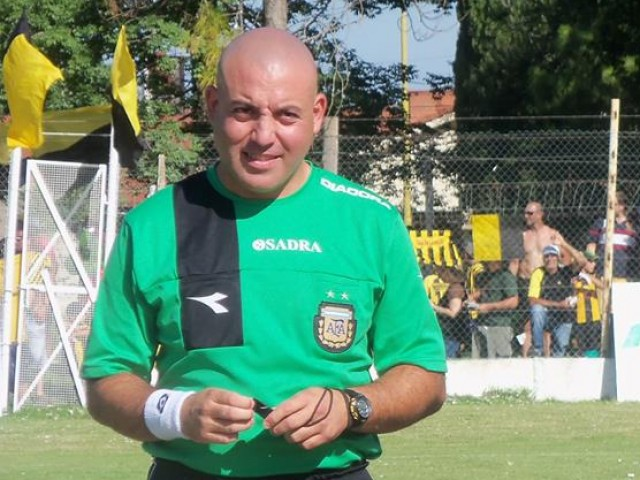 El árbitro iniciado en Liga Santafesina, hoy milita en la Esperancina y será el encargado de dirigir la segunda final del torneo. Foto: Liga Esperancina de Fútbol