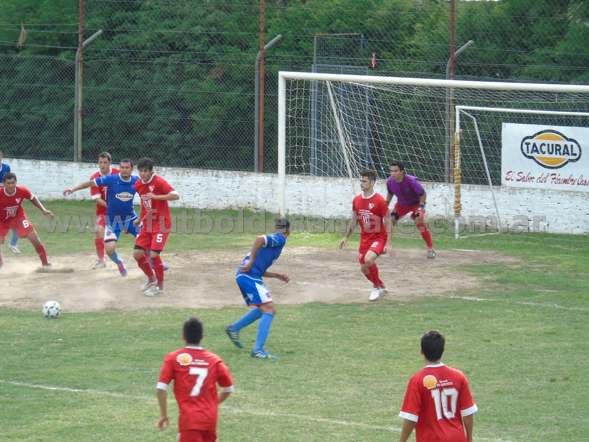Sobre la hora Andrés Formento marcó el gol de la victoria para el equipo de Recreo Sur