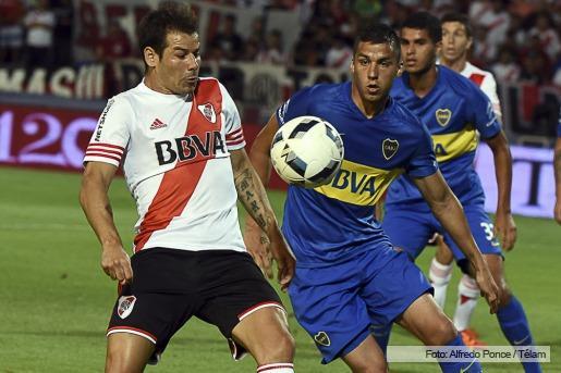 River, ganó el segundo clásico de verano, también con gol de penal.