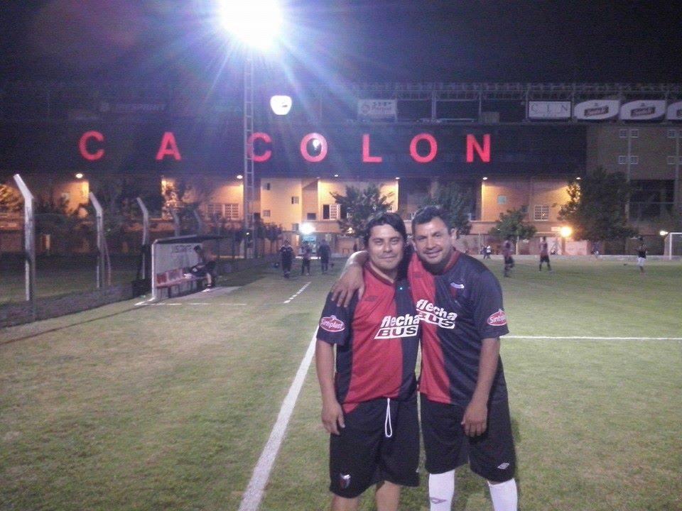 """Gustavo """"loco"""" Sandoval juega para Colón en Senior"""