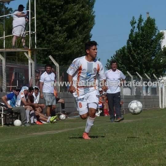 Kevin Miño, convirtió 2 goles en la victoria ante Gral. Belgrano y quedó a 1 de los líderes. Foto: archivo