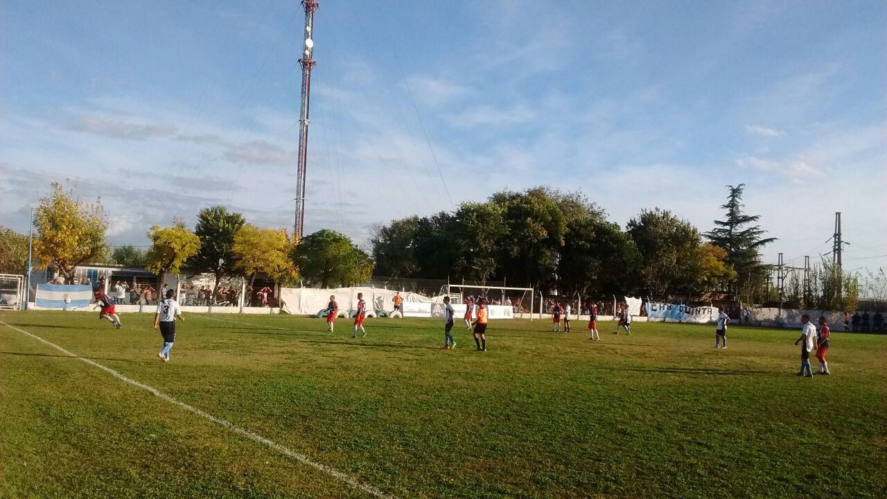 Empate de equipos de sanlorencina en el debut de la Copa