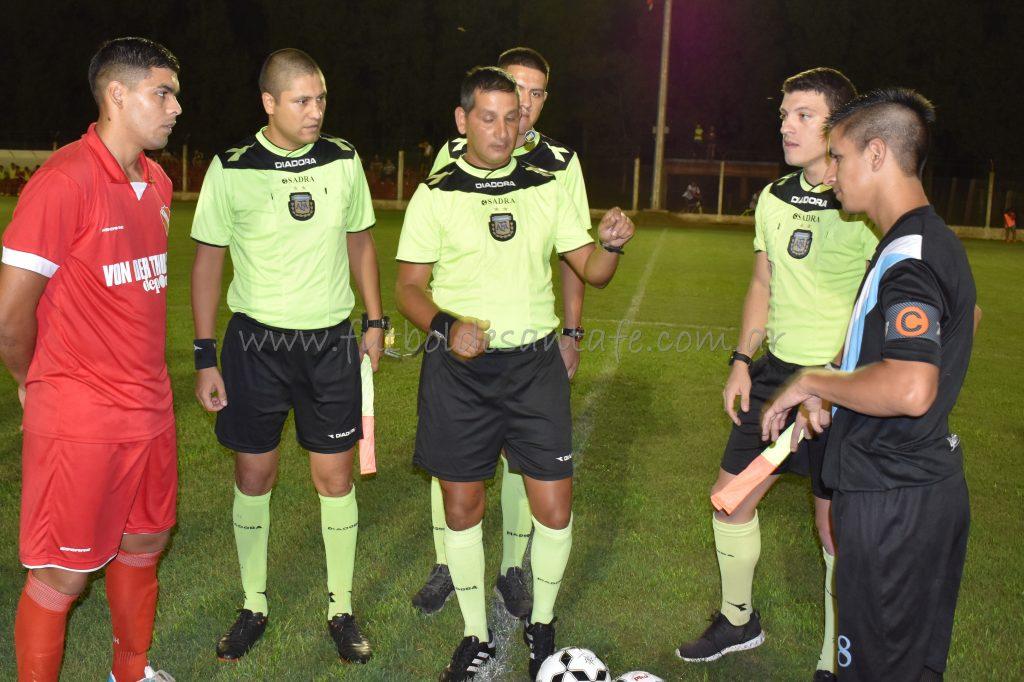 Independiente 3 - 9 de Julio de Arocena 0