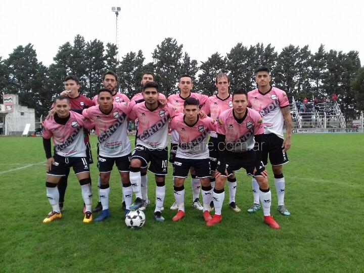 Unión De Santo Domingo, goleó a Juventud de Laguna Paiva