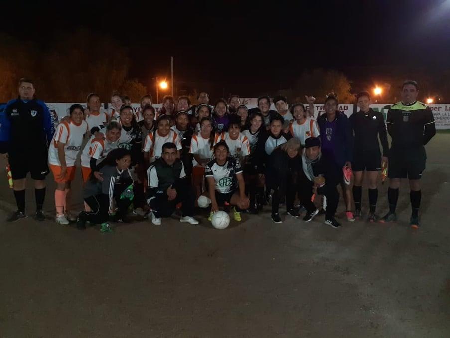 Deportivo Santa Rosa 0 - Las Flores II 0 (Síntesis Femenino)