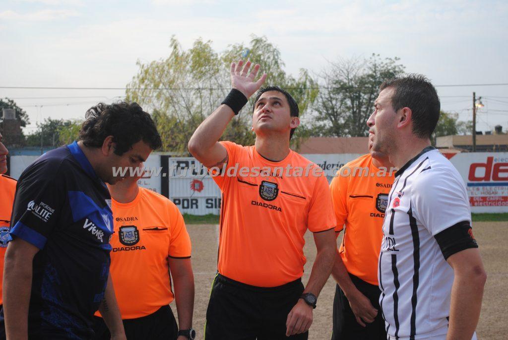 Maximiliano Moya, arbitrará la final por el ascenso