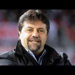 El título del Instituto 7800, Director Técnico de Fútbol, no es válido