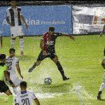 Colón 1 - Talleres 2. (La crónica)
