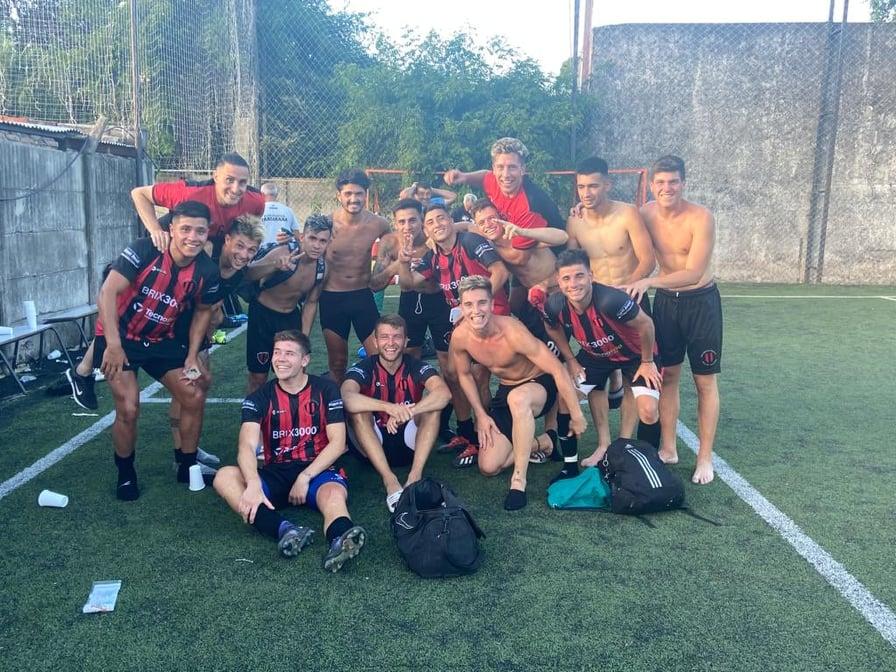 ADIUR 1 - Atlético Carcarañá 2 (Informe del partido)
